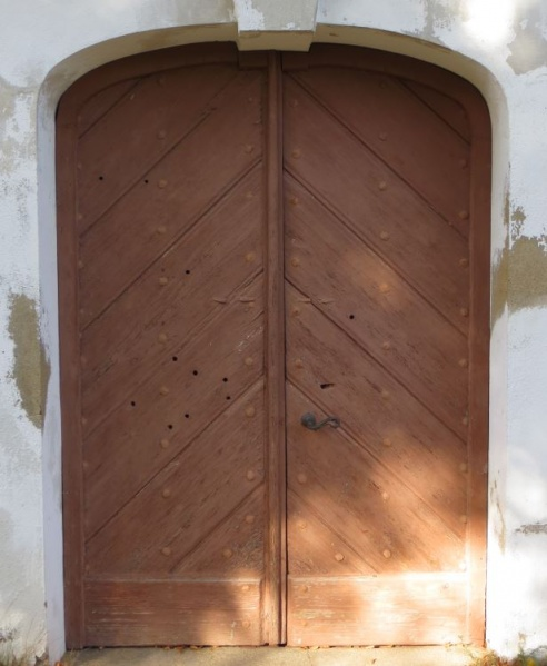 File:1758 – Hochkirch – Church Door.jpg